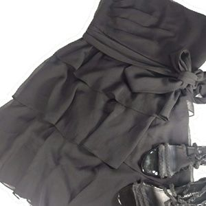 White House Black Market Dresses - White House Black Market Little Black Dress Sz 14